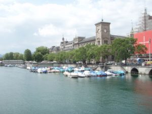 Okay, I wasn't entirely blind to Zurich's gorgeous landscape. This is the Limmat River, which runs into the lake.